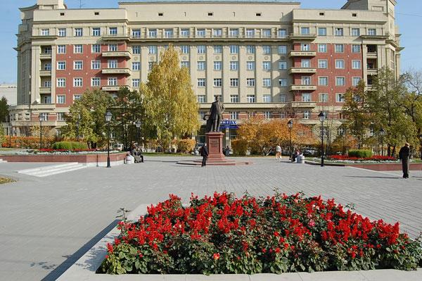 Адреса и телфоны компаний, организующие экскурсии в Новосибирске