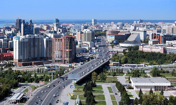 Какая улица в Новосибирске самая длинная?
