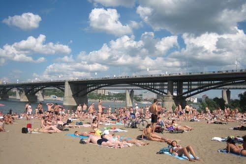 На каком пляже Новосибирска можно купаться?